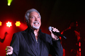 Tom Jones - MGM Grand - Hollywood Theatre - Las Vegas,NV 8-14-2009